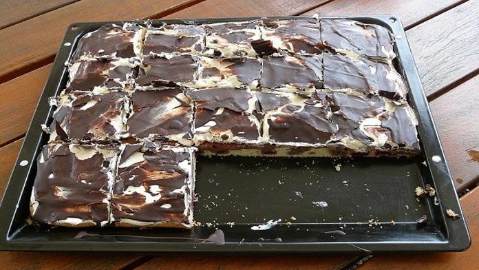 Smetanový dezert s tvarohem a čokoládou